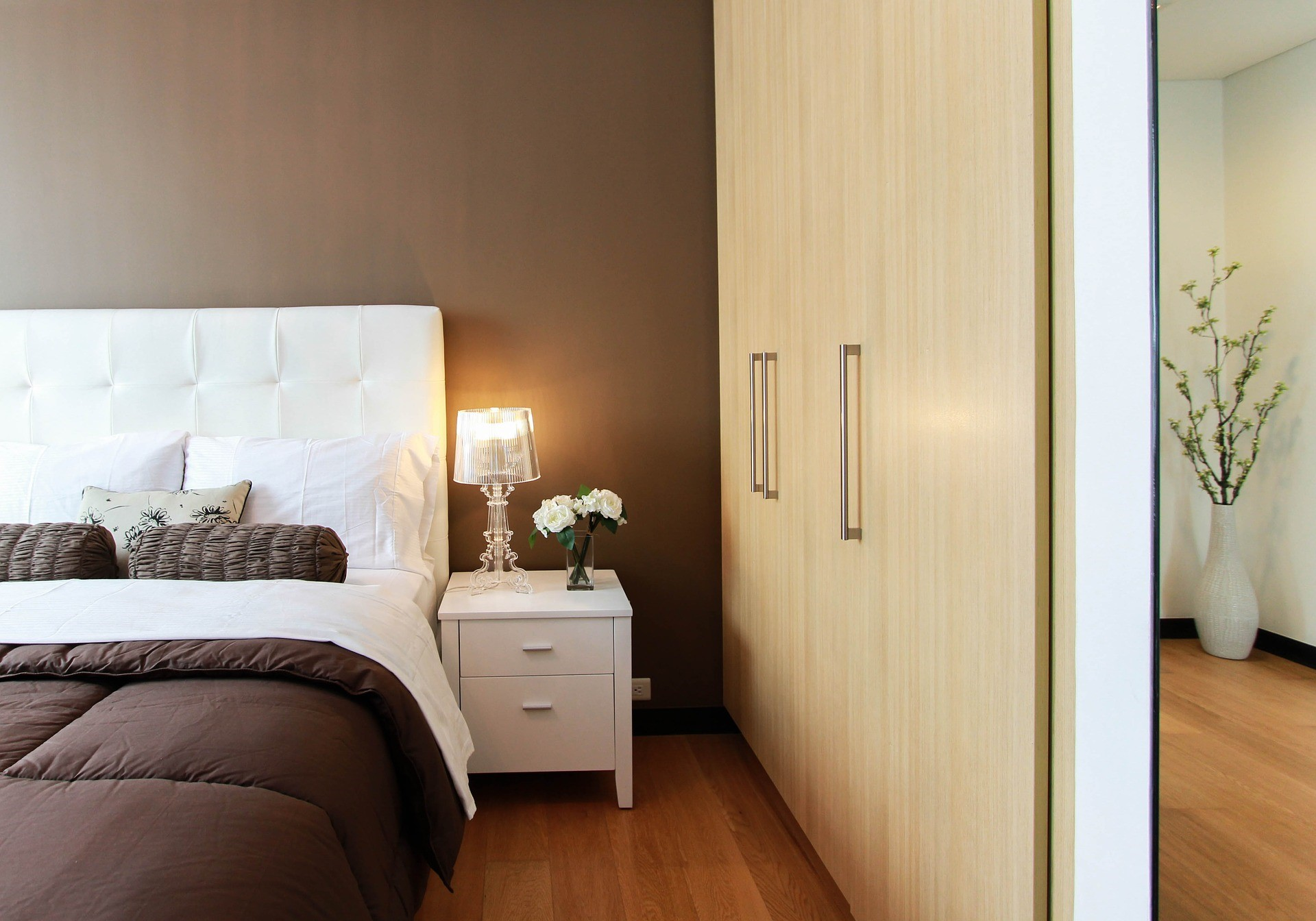 Bedroom Organization For The Visually Impaired The Blind Guide